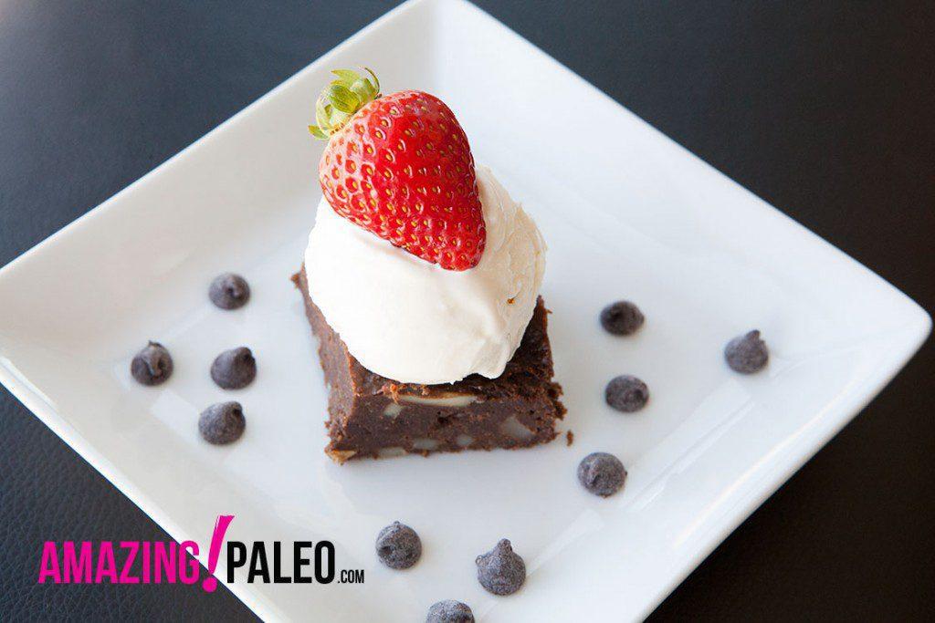 Paleo Dark Chocolate Chip Brownies