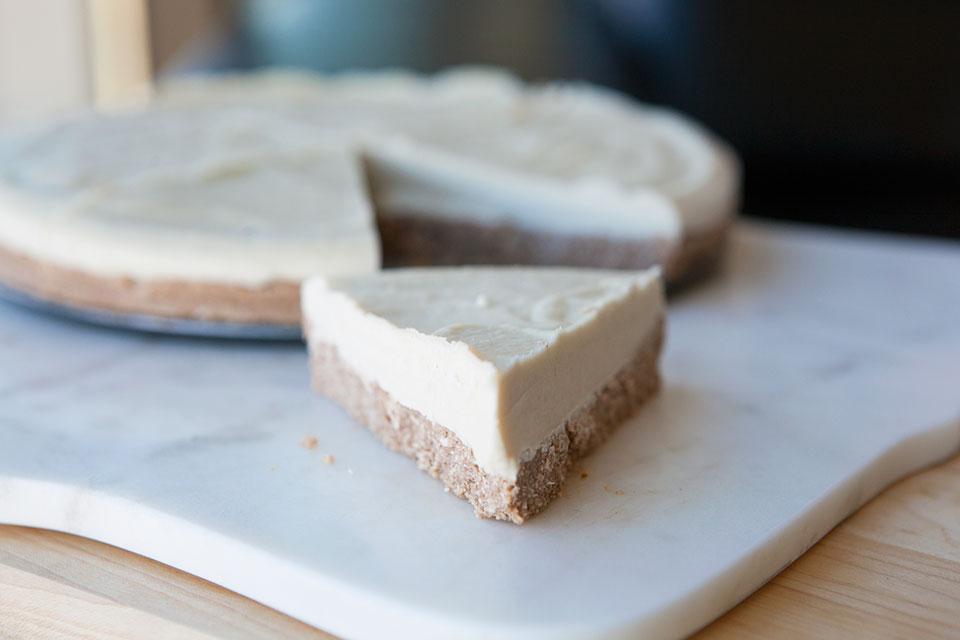 Lavender Raw Cheesecake