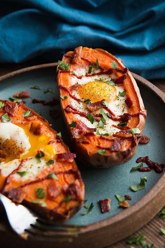 Baked Sweet Potato & Egg Breakfast Boats