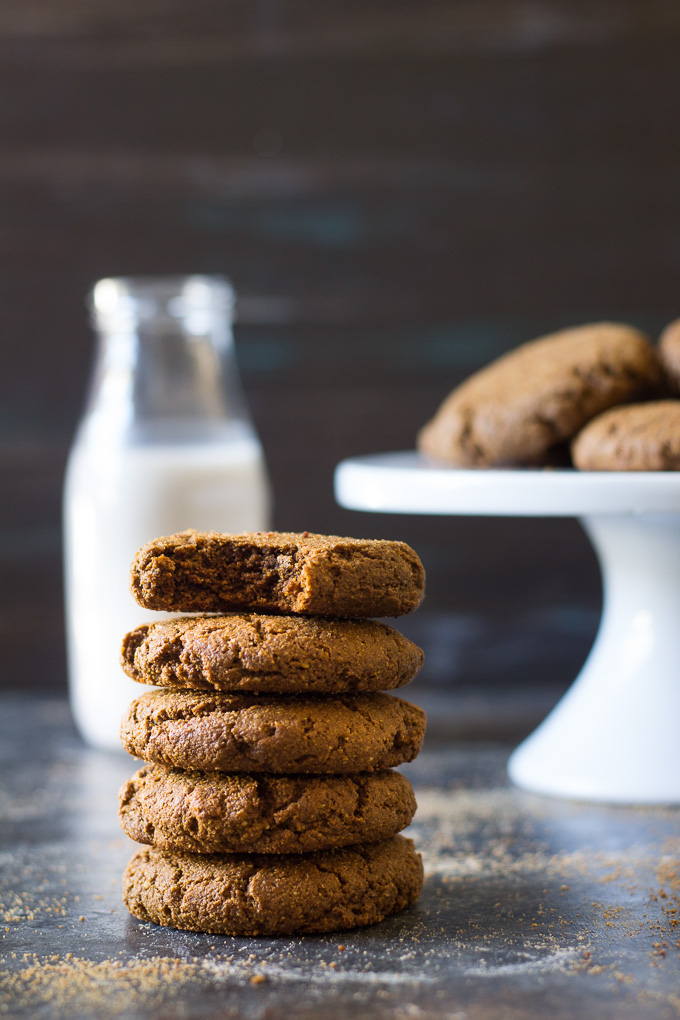 BIG & CHEWY PALEO GINGERBREAD COOKIES