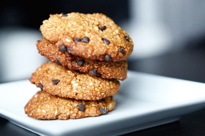 CHOCOLATE CHIP AND MACADAMIA NUT COOKIES