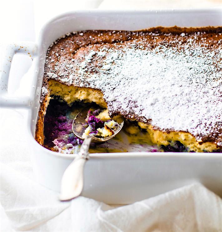 DREAMY PALEO BLUEBERRY COCONUT SOUFFLÉ BAKE