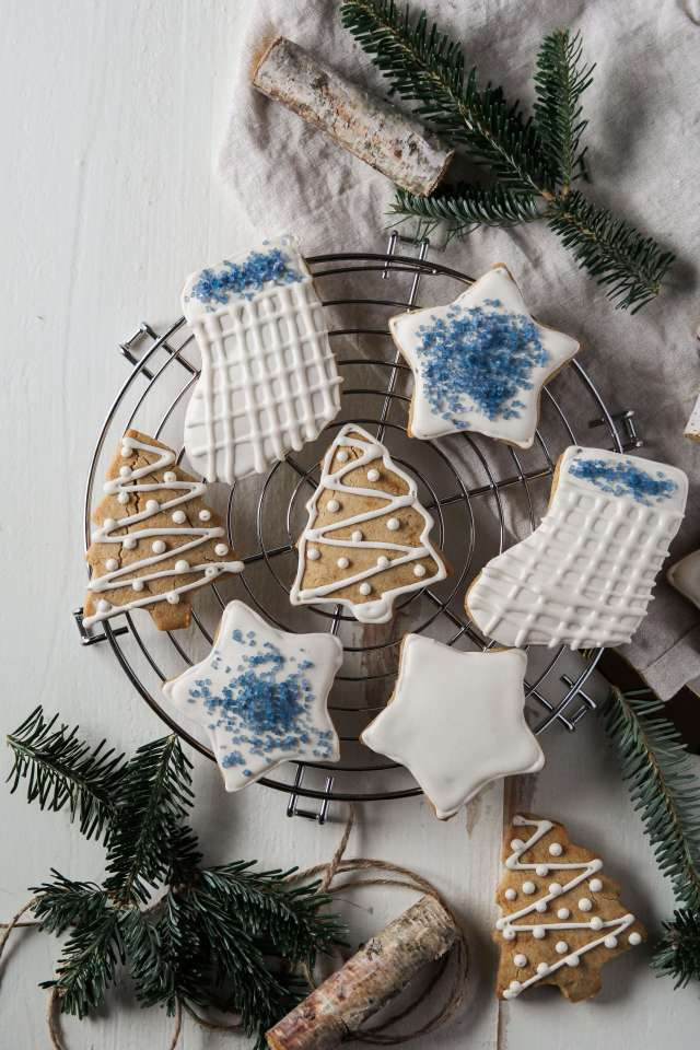 GRAIN FREE CHRISTMAS CUTOUT COOKIES