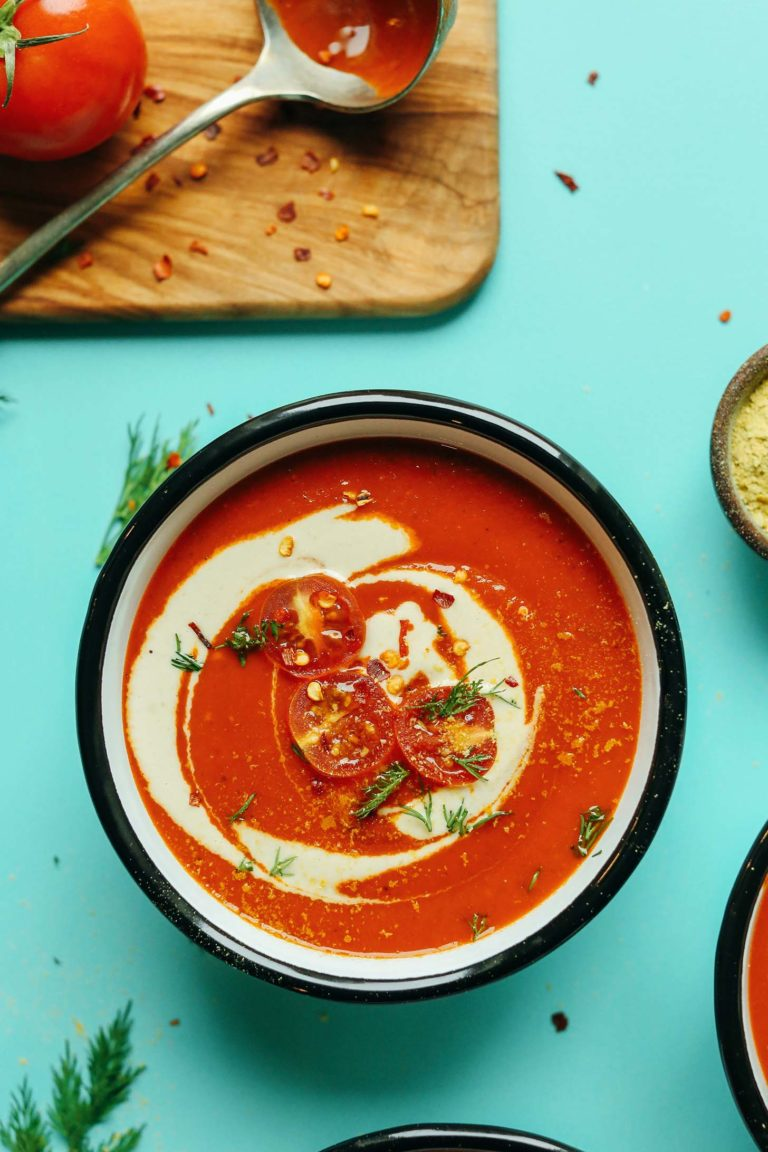 Creamy Roasted Red Pepper Tomato Soup