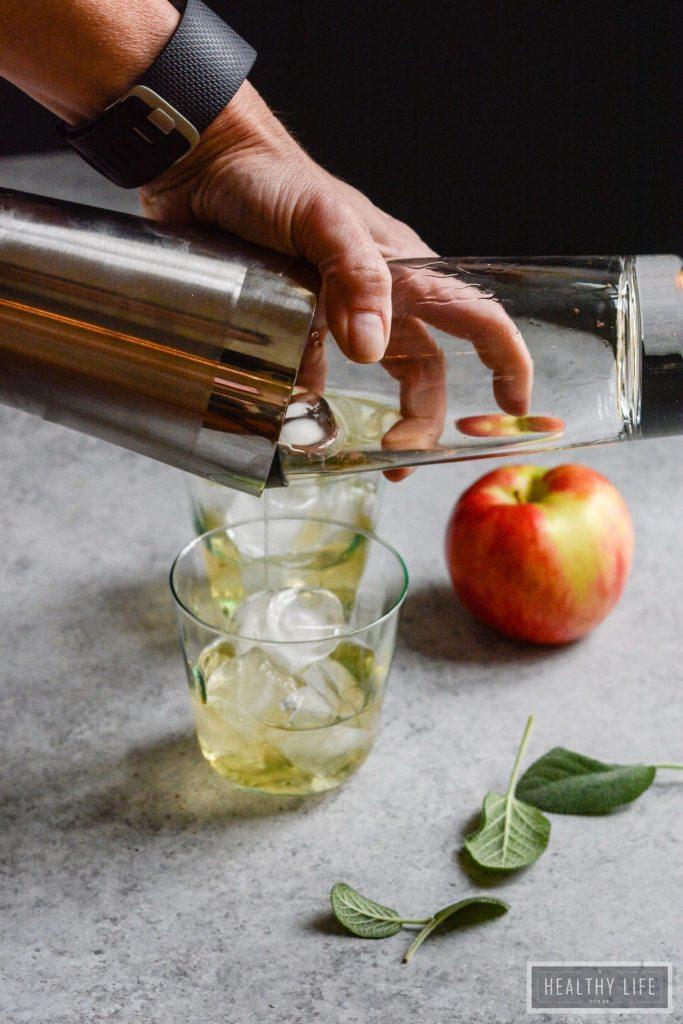 Fizzy Apple Cider Mocktail