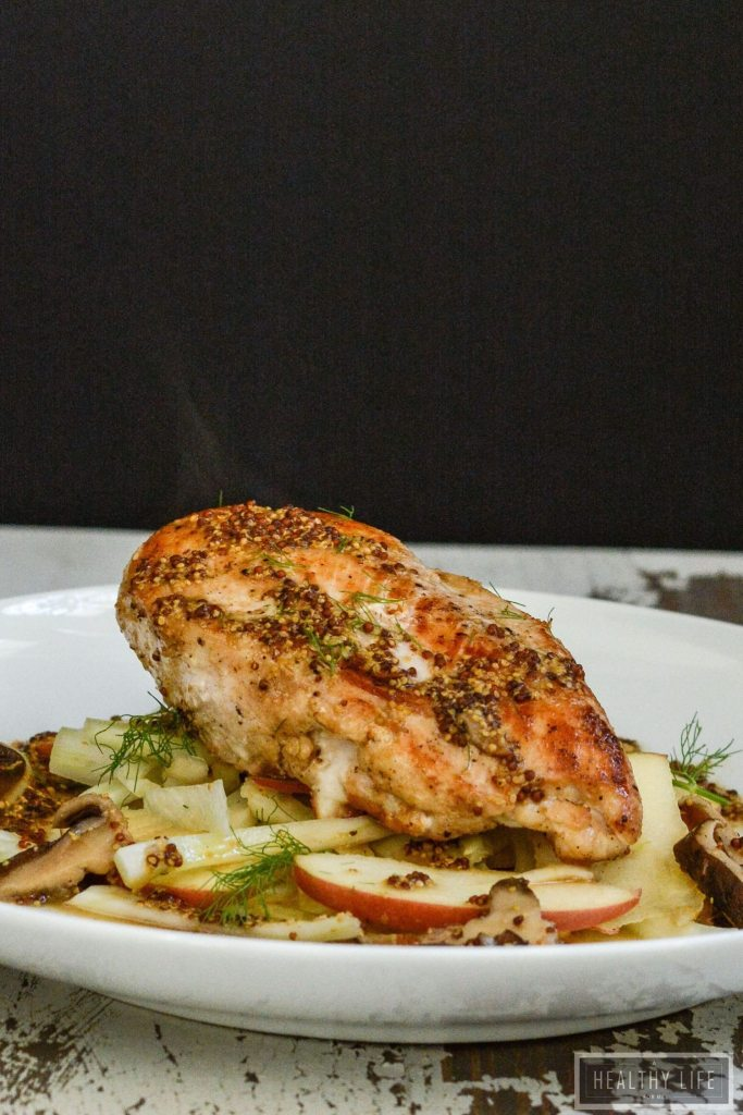 Pan Roasted Chicken With Apple Fennel Slaw