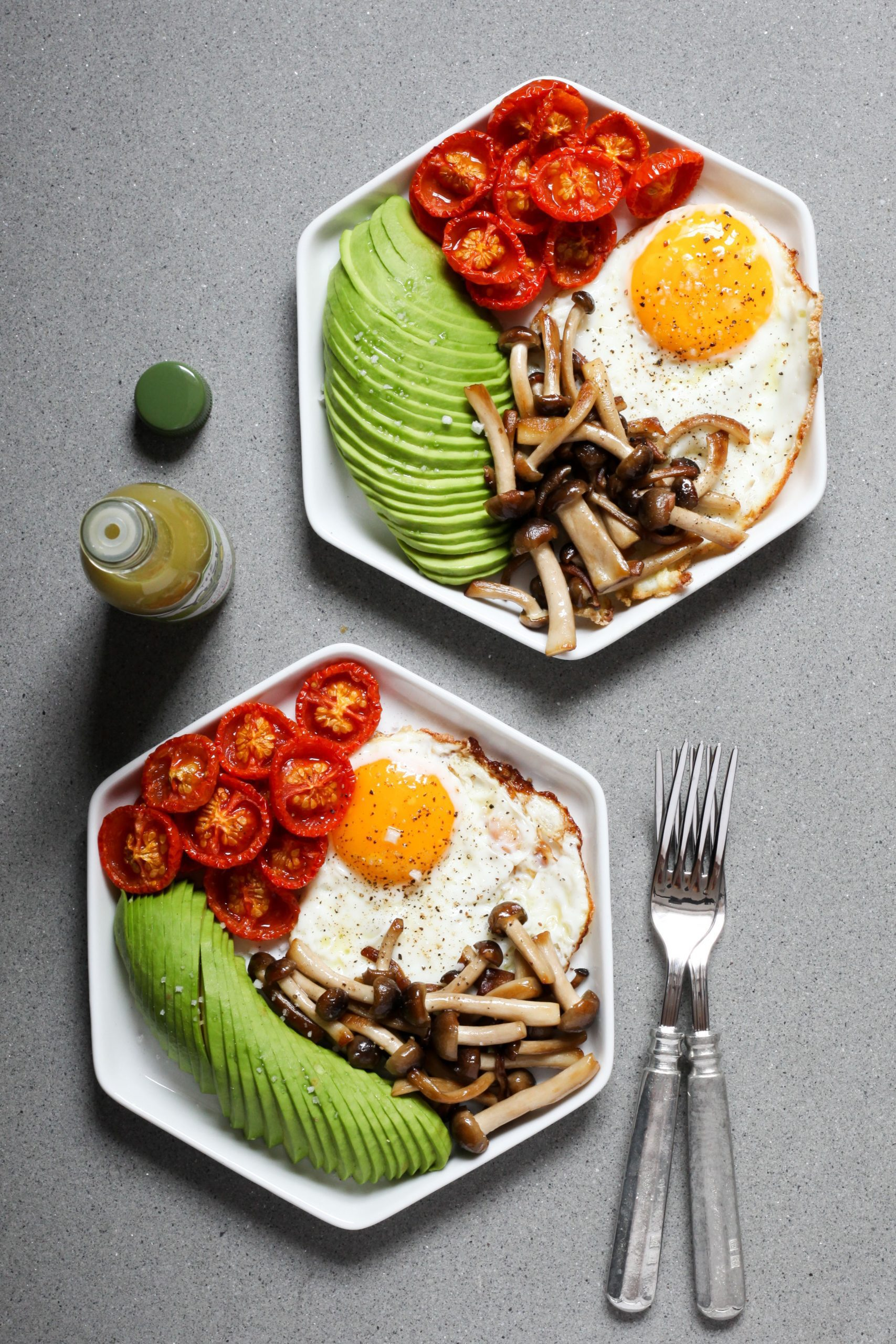 Fried Eggs with Roasted Tomatoes and Mushrooms